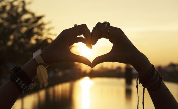 Erilainen hyvinvointiblogi - Kokonaisvaltaista hyvinvointia itsensä johtamisella